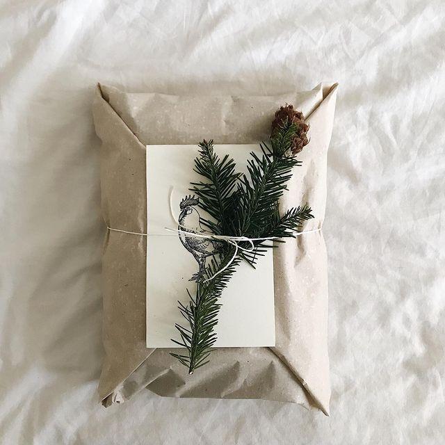 Díky díky díky za všechny Vaše kouzelné vánoční objednávky! ✨  Děláme maximum, aby byly u Vás co nejdříve, protože už jen 10!🚀🎁💫