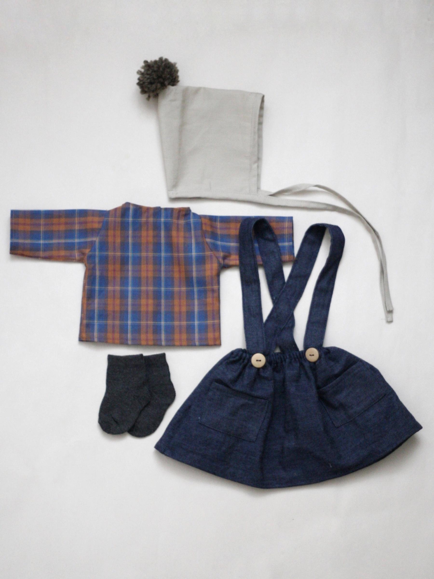 Set oblečení pro větší panenku C