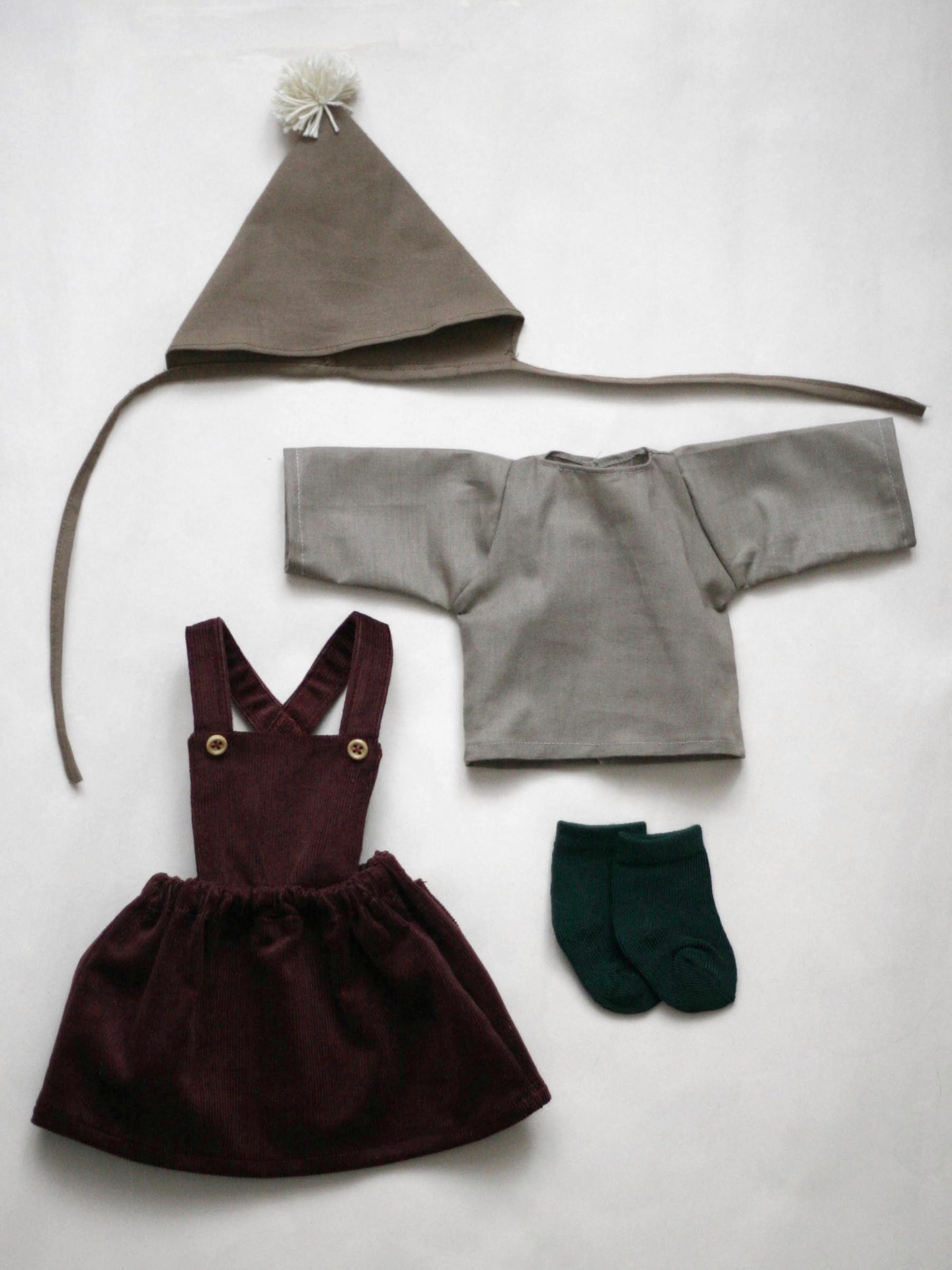 Set oblečeni pro menší panenku A
