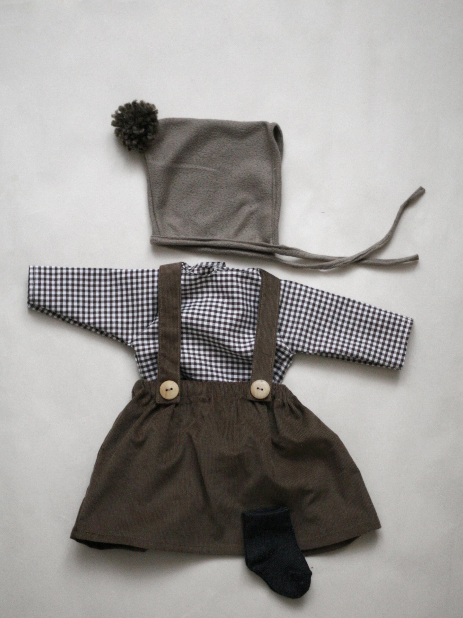 Set oblečení pro větší panenku A