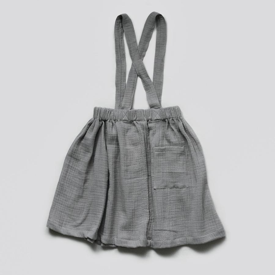 Sukně mušelínová s kšandami