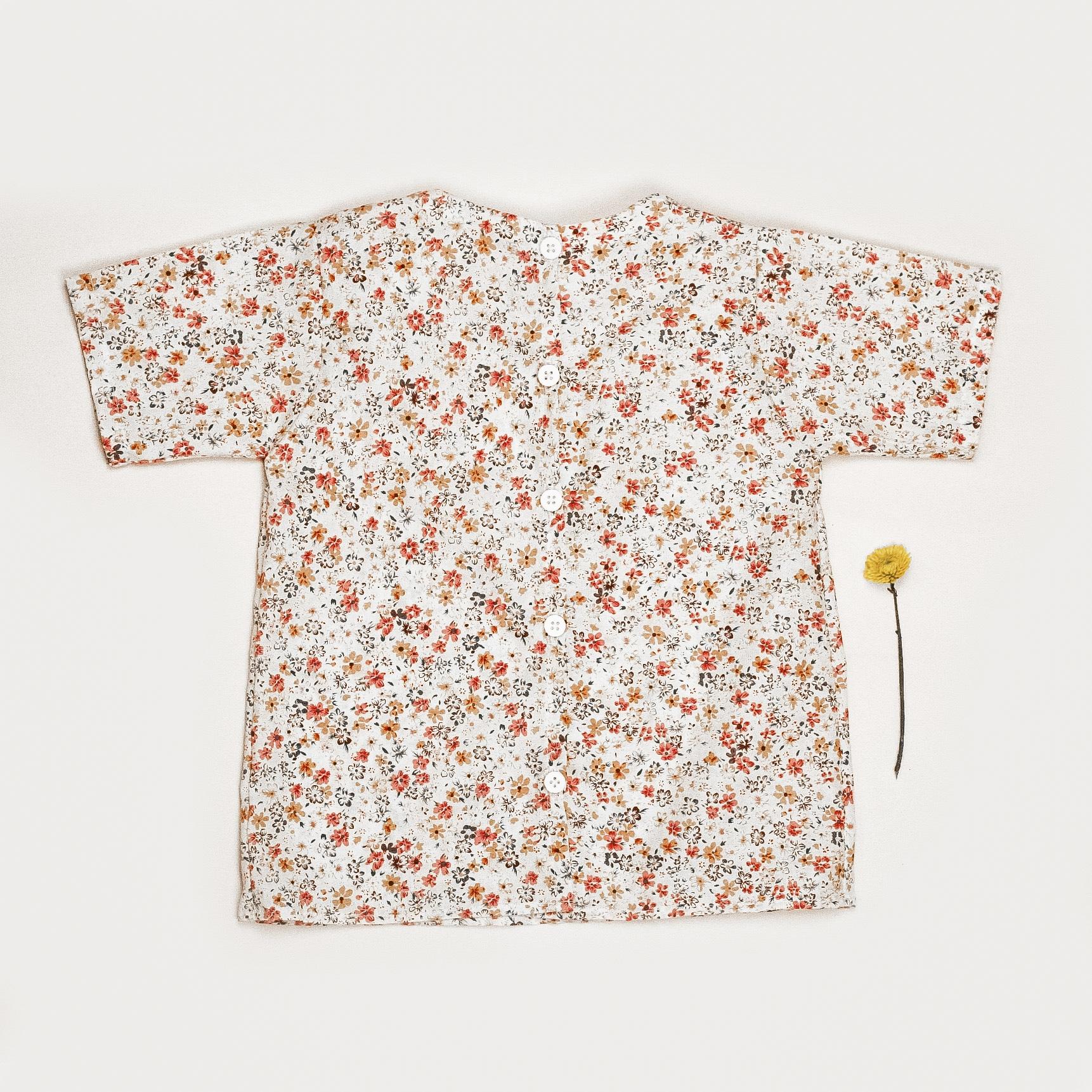Květinová halenka