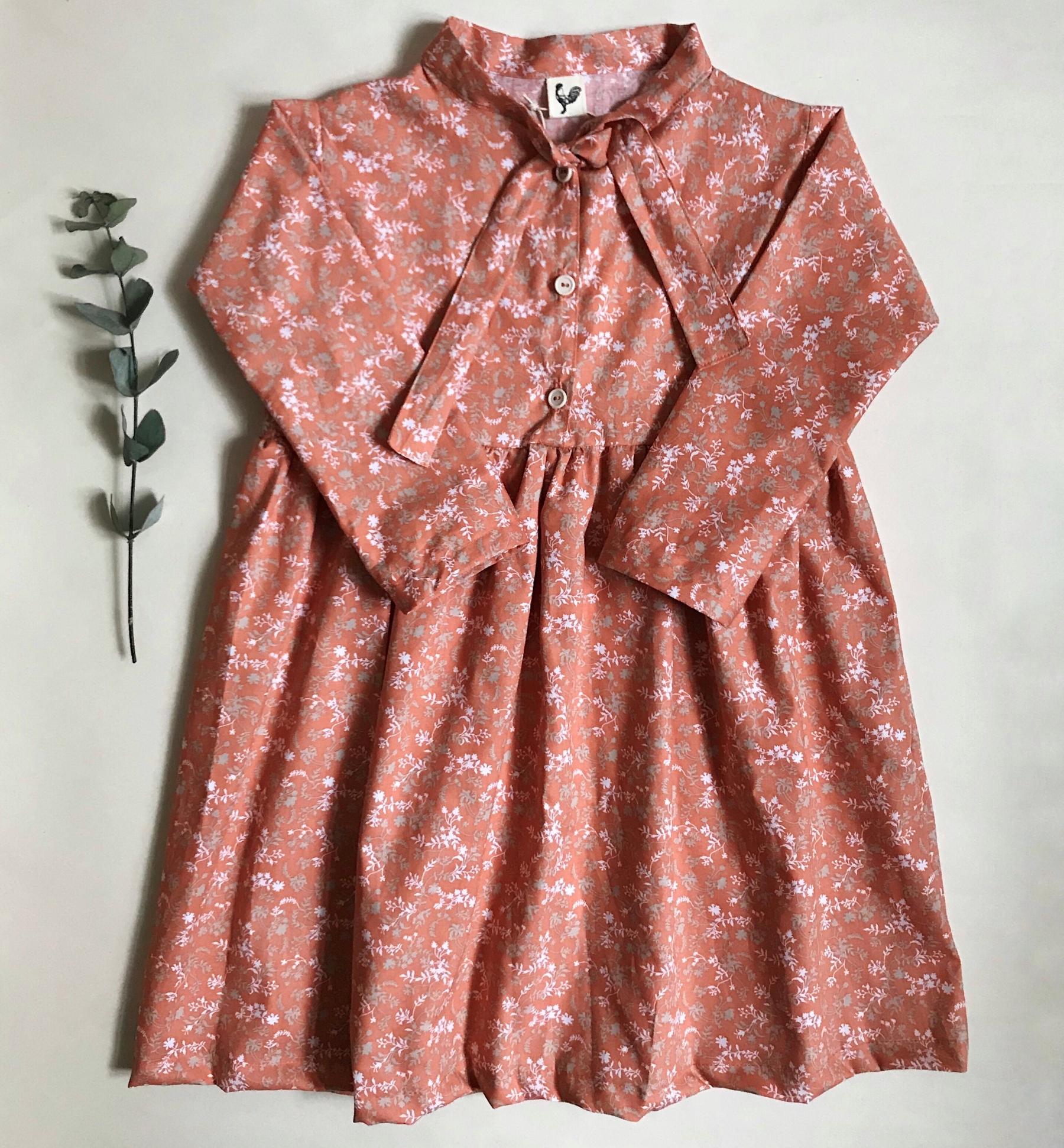 Šaty s vázankou